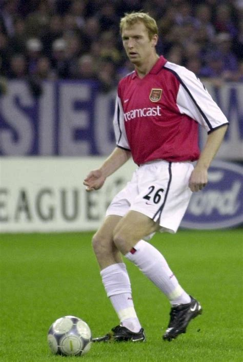 arsenal new player arsene wenger s 215 every arsenal player to have played
