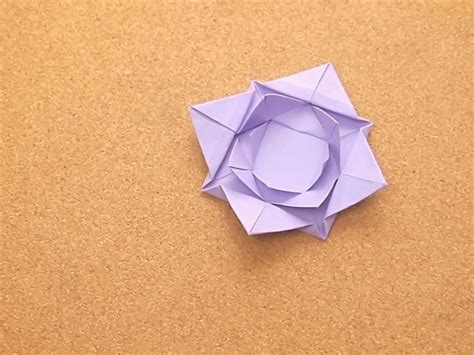 Origami Lilly - how to fold an origami water 5 steps with pictures