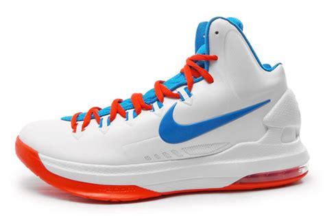 Nike Kevin Durant V kixpress nike kd v 554988 100 kevin durant pe