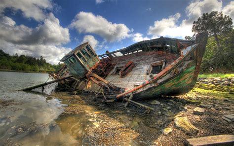 old boat wrecks shipwreck wallpapers wallpaper cave