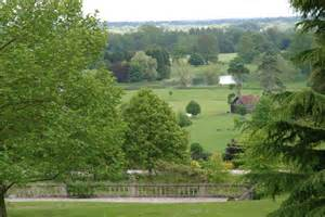 englefield house garden cranemoor lake englefield 169 stuart logan cc by sa 2 0