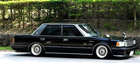 Toyota Crown Royal Saloon Toyota Crown Royal Saloon Toyota Cars Catalog With