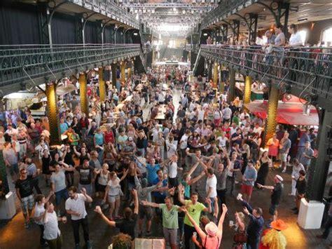 wann ist der fischmarkt in hamburg blick auf den fischmarkt bild hamburger fischmarkt