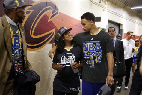 Does stephen curry have a tattoo stephen and ayesha curry talk