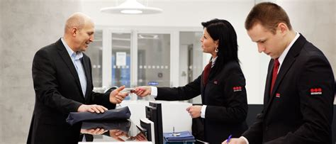 Securitas Help Desk office and commercial building security securitas