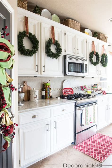 holiday kitchen cabinets holiday kitchen decor decorchick 174 best of pinterest