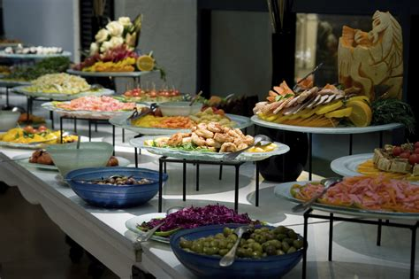 christmas party food ideas buffet 5 top tips to help you survive the buffet enlightened eater