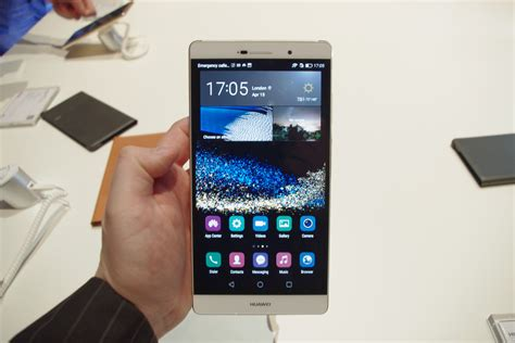 Handphone Huawei P8 Max huawei presented p8 and p8 max technobezz