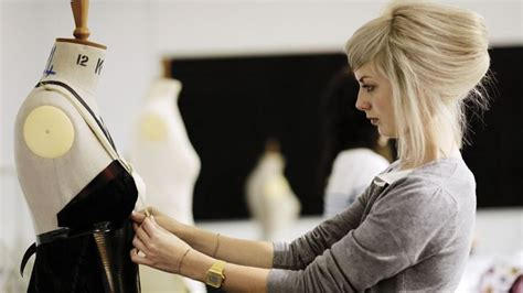 fashion design uk universities ranking fashion design students schools and colleges in the uk