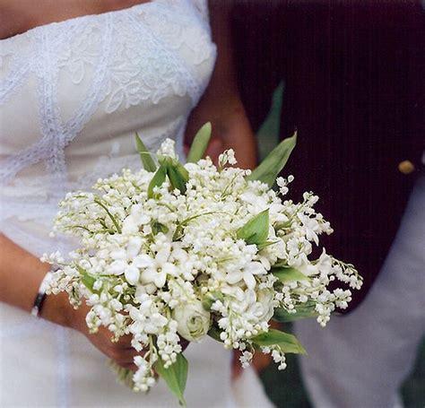 fiori di settembre per bouquet bouquet di mughetti e stephanotis
