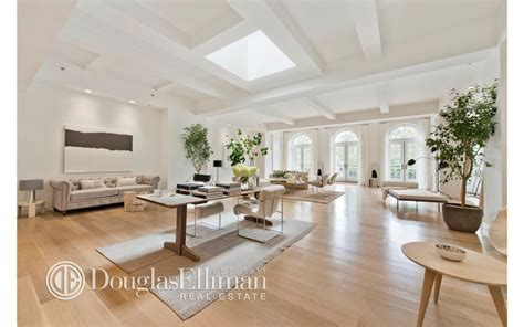 report lopez buying 22 25 million penthouse