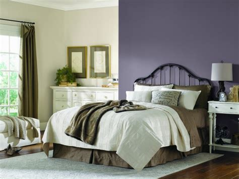 plum bedroom decor sherwin williams 2014 color of the year exclusive plum