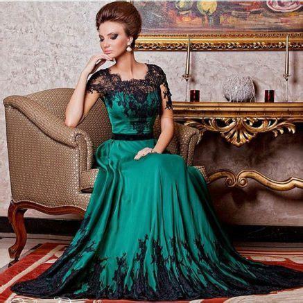 Kaftan Black Satin Laudia Quality emerald green dress with black lace fashion week