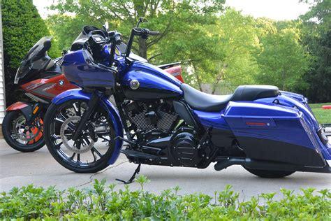 2012 Harley Davidson® FLTRXSE CVO? Road Glide® Custom