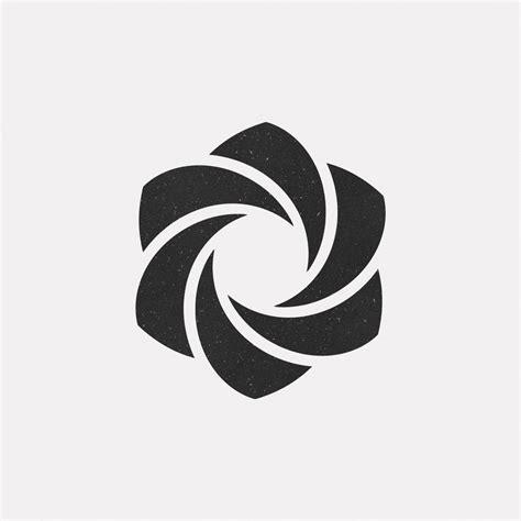 daily minimal ju    geometric design  day