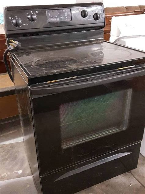 How To Clean A Self Cleaning Oven Glass Door Whirlpool Black Glass Top Electric Stove Self Cleaning Oven That Needs To Cleaned Before Using