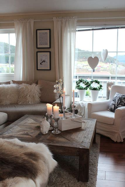 wohnzimmer taupe really loving taupe and silver home sweet home