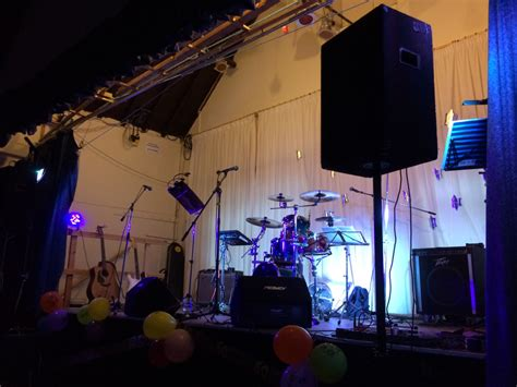 light show in pa pa and light show hire paul clews enterprises tel 07866