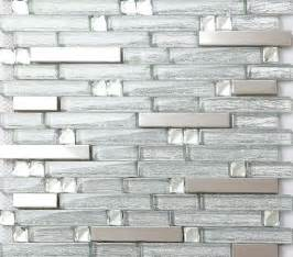 Glass Tile Kitchen Backsplash 25 Best Ideas About Glass Tile Backsplash On Pinterest