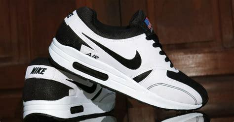 sepatu sport nike airmax zero usa flag black white for sepatu sport surabaya sepatu sport