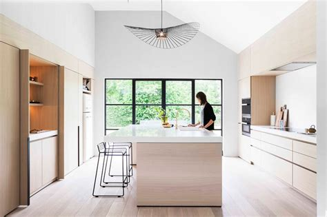 Suspensions Cuisine 1046 by Light Wood And White Countertops Create A Neutral Softness