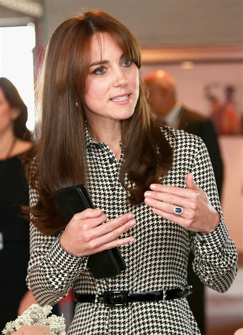 duchess kate shows off her new hairstyle picture the kate middleton shows off new hairstyle at anna freud