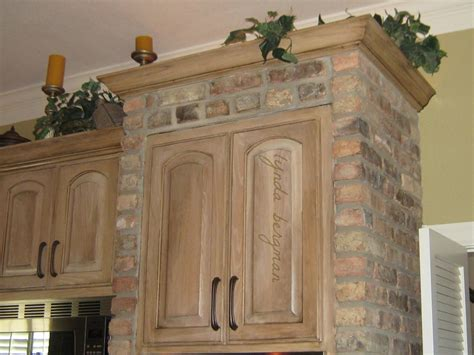 white washed oak kitchen cabinets lynda bergman decorative artisan distressing aging