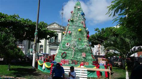 arbol de navidad gigante yurimaguas tendr 225 225 rbol de navidad gigante radio oriente