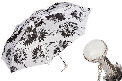 fiori bianchi e neri 257 56799 1 a29 ombrello donna a fiori bianchi e neri