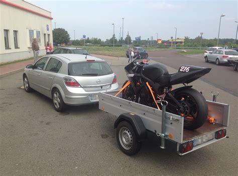 Motorrad Auf Pkw Anh Nger Transportieren by Rennstrecke Welche Der Anreise Ist Die Beste Ein
