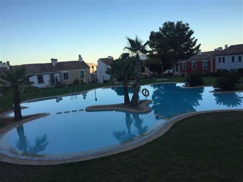 alquiler de casas en benidorm alquiler de casa adosada con piscina benidorm espa 241 a