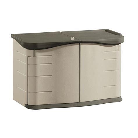 rubbermaid  ft     ft   split lid horizontal