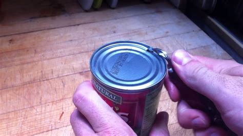 how to use a can opener how to use an school can opener