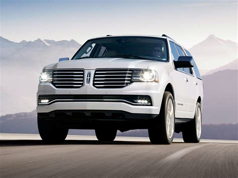 lincoln navigator 2017 2017 lincoln navigator price photos reviews features