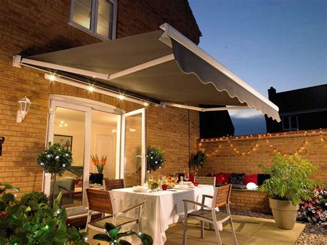 restaurant reservation patio awnings