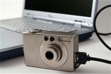how to transfer photos from a digital camera on windows/mac?