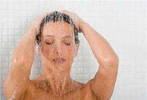 frau in dusche how to shower like a mutterings for the minority