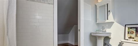 how to paint bathroom walls how to choose paint for bathroom walls home decorating