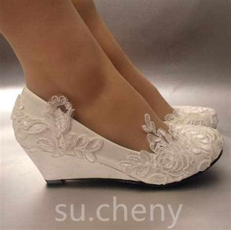 Wedding Dress Shoes Wedges by Best 25 Wedge Wedding Shoes Ideas On Bridal