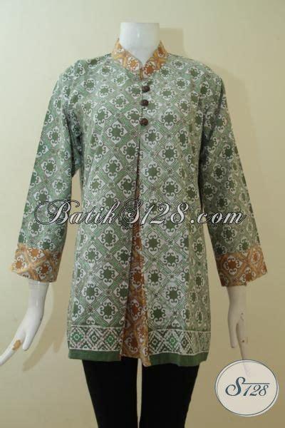 Baju Batik Warna Hijau baju batik warna hijau lembut kombinasi busana blus
