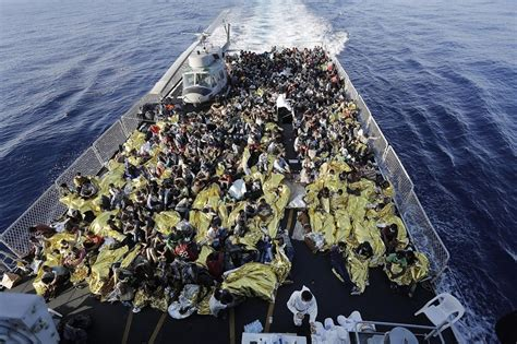 refugee boat sinks 2018 africa 07 ao 219 t 2015 hundreds dead as refugee boat