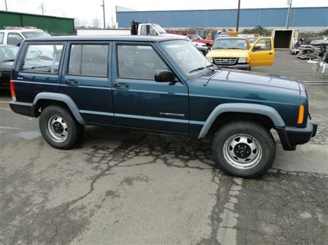 Jeep Oregon Sell Used 1998 Jeep Se 4 Door 4wd Suv In Salem