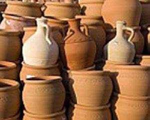 vasi di creta chiesa tesoro prezioso in fragili vasi di creta san