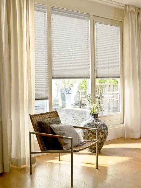 plissee sonnenschutz hochwertige sonnenschutz plissees f 252 r ihr zuhause