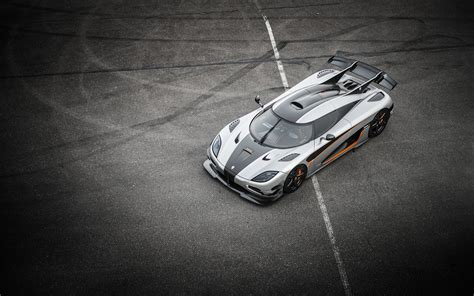 koenigsegg one wallpaper iphone koenigsegg one 1 wallpaper wallpapersafari