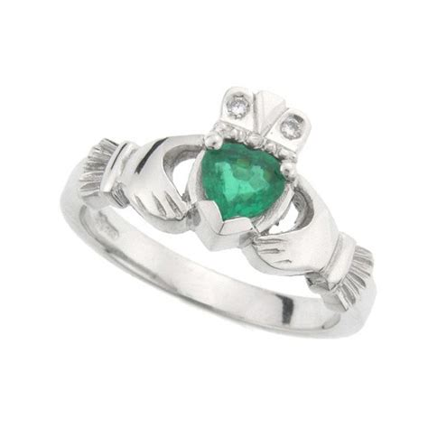 platinum kylemore emerald claddagh ring claddagh jewellers