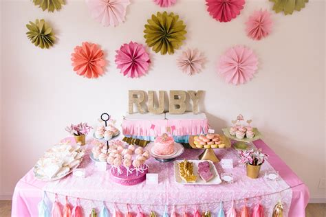 queen themed birthday party the party that etsy built ruby mae s pink gold beauty