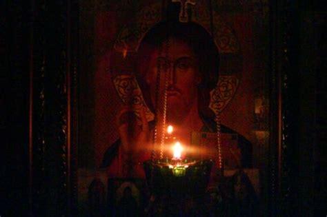 ladine a candela γιατί βάζουμε λάδι στο καντήλι και τι συμβολίζει δογμα