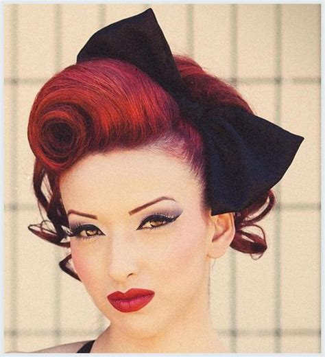 Rockabilly Pin Up Hairstyles by Best 25 Rockabilly Updo Ideas On Rockabilly