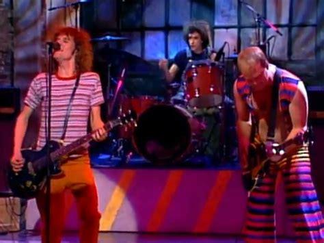 slicing up eyeballs youtube slicing up eyeballs 80s alternative music college rock